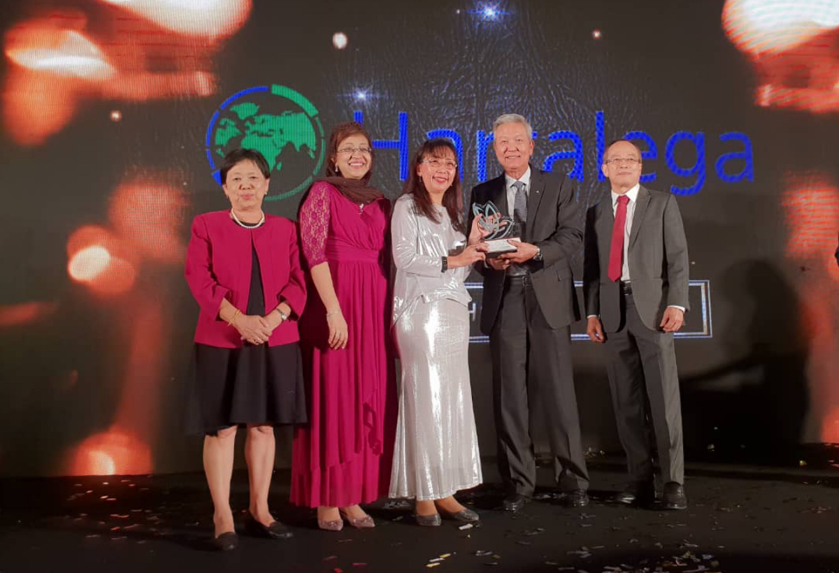 Big Corporation Export Excellence Award <br> by Malaysian Rubber Export Promotion Council (MREPC)